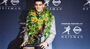 Oregon's Marcus Mariota Takes Home Heisman Trophy
