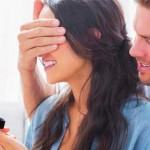 Three Ways to Tell If She's Ready for You to Pop the Question
